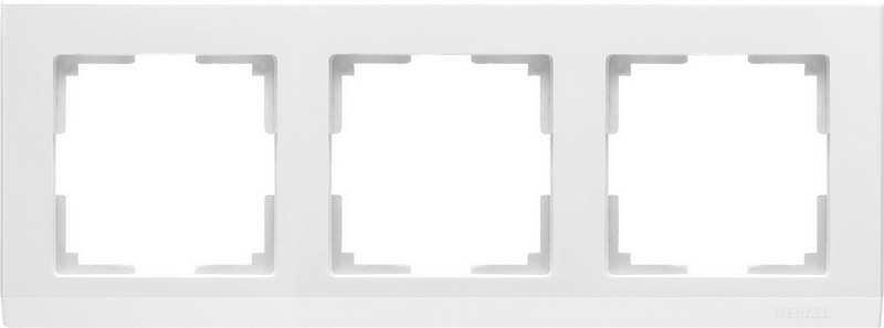 WL04-Frame-03-white/Рамка на 3 поста (белый)